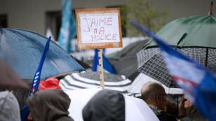 Les policiers ont manifesté dans une soixantaine de villes en France mercredi 18 mai.