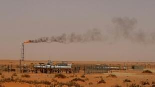 منشأة نفط تابعة لشركة أرامكو السعودية في الصحراء على بعد 160 كلم شرق الرياض.