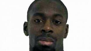 Amedy Coulibaly, le tueur de la Porte de Vincennes, a été enterré dans le cimetière de Thiais (Val-de-Marne).