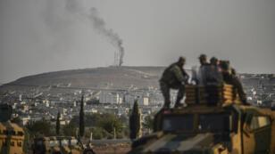 Pour le moment, les troupes turques sont positionnées à quelques kilomètres de Kobani.