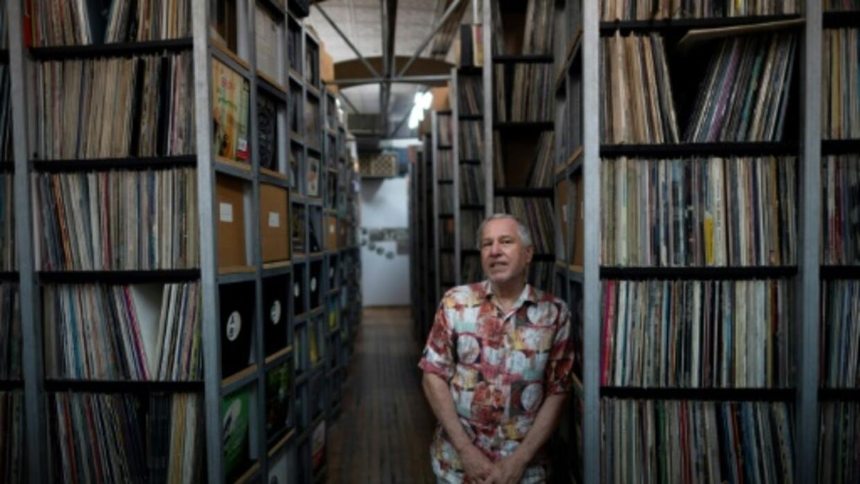 At vast New York warehouse, preserving records in the digital age