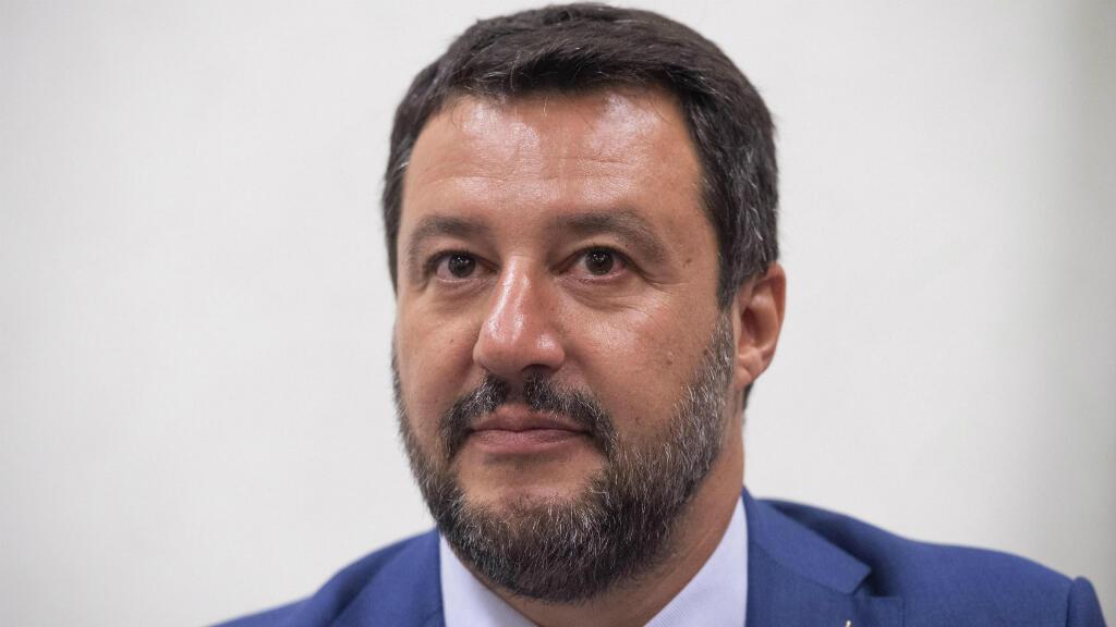 El ministro del Interior y secretario del partido ultraderechista la Liga, Matteo Salvini, asiste a una conferencia de prensa en el Senado, en Roma, Italia, el 26 de agosto de 2019.