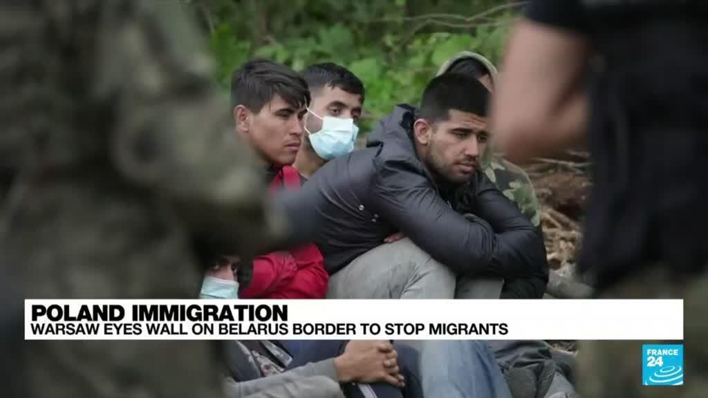 2021-10-14 08:08 Poland immigration: Warsaw eyes wall on Belarus border to stop migrants