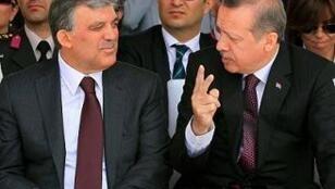 Abullah Gül (à g.) et Recep Tayyip Erdogan (à d.)