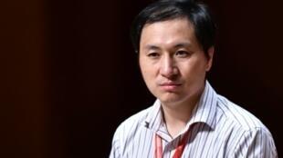 Le généticien chinois He Jiankui, le 28 novembre 2018 à Hong Kong