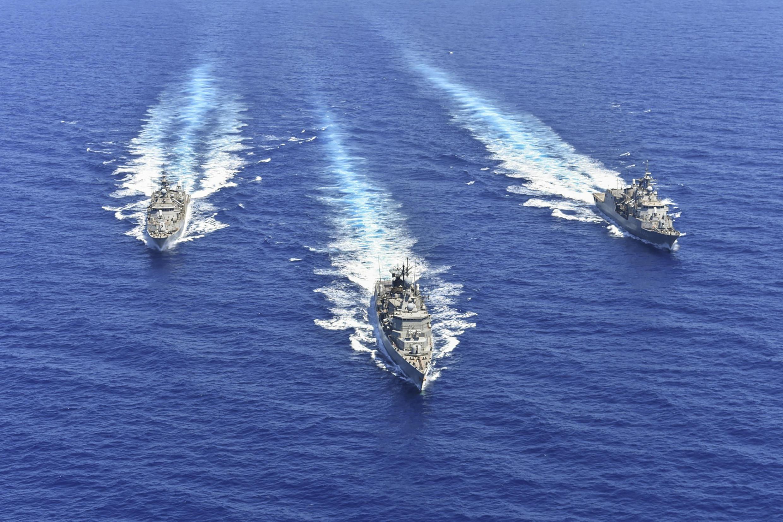 Une photo distribuée par le ministère grec de la Défense le 26 août 2020 montre des membres de la marine grecque lors d'un exercice militaire en Méditerranée orientale, le 25 août 2020.