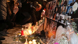 إيرانيون يترحمون على أرواح ضحايا الطائرة الأوكرانية المنكوبة.