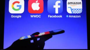 Les logos des GAFA (Google, Apple, Facebook et Amazon), le 28 septembre 2017
