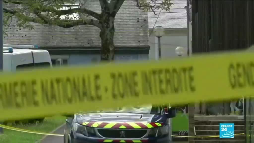 2021-05-28 15:12 Attaque d'une policière en France : l'assaillant est mort selon des sources proches de l'enquête
