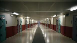 L'intérieur de la prison de Fleury-Mérogis où Salah Abdeslam est incarcéré à l'isolement.
