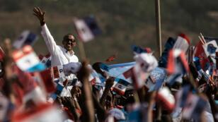 Paul Kagame lors de son dernier meeting de campagne à Kigali mercredi 2 août.