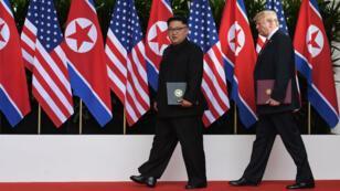 """""""Il n'y a plus de menace nucléaire de la part de la Corée du Nord"""", avait affirmé Donald Trump après le sommet de Singapour le 12 juin 2018."""