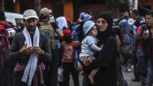 Des milliers de migrants ont continué d'affluer à la frontière serbo-croate, le 17 septembre 2015.