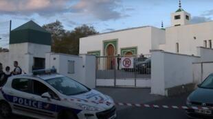 La mezquita de Bayona, la única del país vasco francés, fue construída en el 2014.