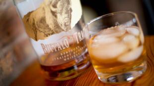 Le bourbon du Kentucky fait partie des produits américains qui pourraient être frappés par une taxe européenne à l'importation.