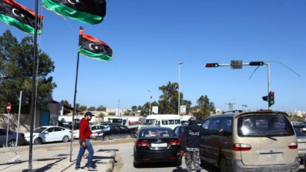 حواجز للشرطة الليبية في العاصمة طرابلس في 25 كانون الثاني/يناير 2015