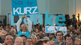 Les supporters du Nouveau Parti populaire Sebastian Kurz après la victoire, à Vienne, le 29 septembre 2019.