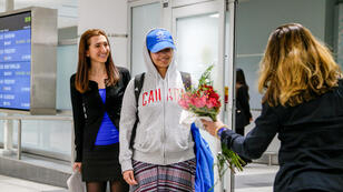 Rahaf Mohammed Al Qunun en el Aeropuerto Internacional Toronto Pearson en Ontario, Canadá. 12 de enero de 2019.