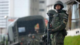 Dans l'État du Rio Grande do Norte, les autorités sont toujours en alerte pour retrouver les 82 prisonniers toujours en cavale.