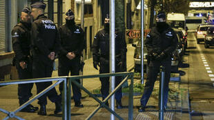 Deux suspects belges ont été remis à Paris dans le cadre de l'enquête sur les attentats du 13-Novembre.