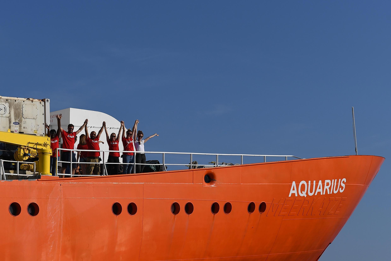 L'Aquarius quittant le port de Marseille, le 1er août 2018.