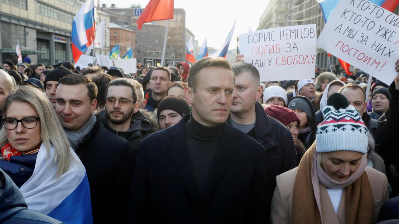 Imagen de archivo del opositor ruso Alexéi Navalni durante una manifestación el 29 de febrero de 2020 en Moscú, Rusia, en la que se conmemoró el quinto aniversario del asesinato del opositor Boris Nemtsov.