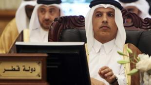 وزير المالية القطري علي شريف العمادي  خلال اجتماع خليجي في الكويت في 6 شباط/فبراير 2018