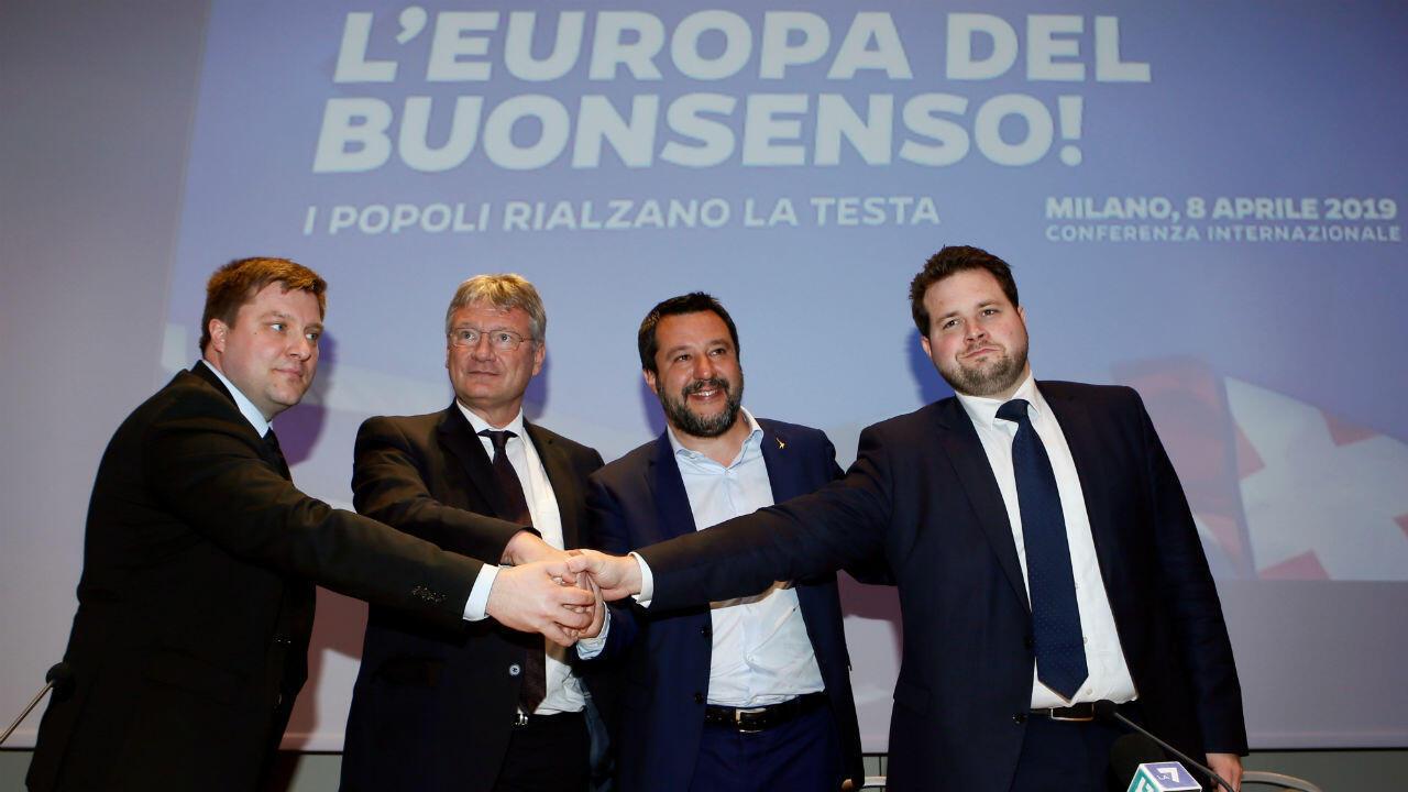 Matteo Salvini, leader de la Ligue du Nord, s'est réuni à Milan avec Jörg Meuthen, du parti Alternative pour l'Allemagne (AfD), Olli Kotro, des Vrais finlandais, et Anders Vistisen, du Parti populaire danois, le 8 avril 2019..