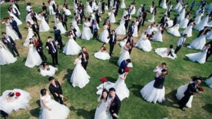 À Shanghai, les couples divorcent pour acheter plus facilement un deuxième bien immobilier.