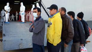 En octobre 2013, l'Italie a lancé l'opération Mare Nostrum à la suite du naufrage de deux bateaux ayant causé la mort de plus de 400 migrants.