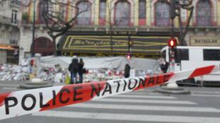 Salah Abdeslam, suspect-clé des attentats du 13 novembre à Paris, est interrogé par la police belge.