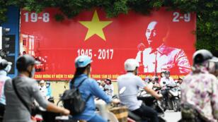 Le Vietnam, un État communiste qui a embrassé le capitalisme, est devenu une destination touristique importante.