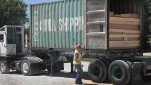Des containers de soja en partance pour la Chine, à Blackstone, dans l'Illinois, le 13 juin 2018.