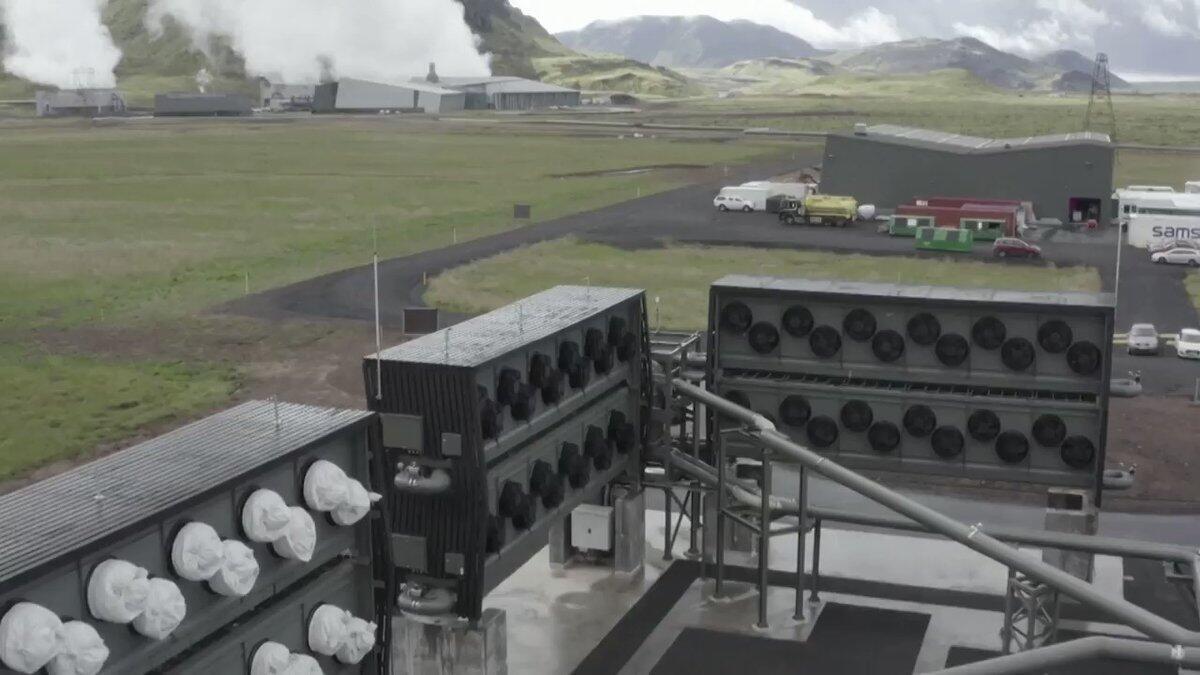 افتتاح أكبر مصنع في العالم لتحويل  ثاني أكسيد الكربون إلى صخور في أيسلندا
