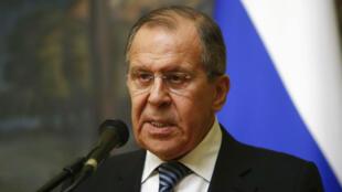 Ministro de Exteriores ruso, Serguéi Lavrov, en una conferencia de prensa después de una reunión con el enviado especial de la ONU sobre Siria, Staffan de Mistura, en Moscú, Rusia el 29 de marzo de 2018