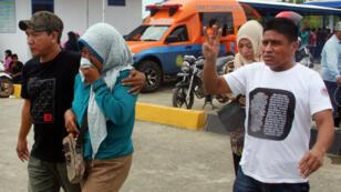 Un bilan encore provisoire rendu public des autorités indonésiennes fait état de trois morts.