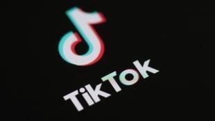Le président Donald Trump a annoncé qu'il allait interdire aux Etats-Unis le réseau social TikTok, soupçonné par Washington de pouvoir être utilisé par le renseignement chinois