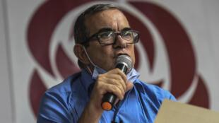 Rodrigo Londoño, conocido como Timochenko, durante una asamblea del partido político de la exguerrilla colombiana FARC en Medellín, el 24 de enero de 2021