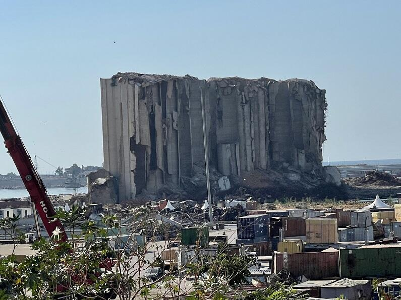 مرفأ بيروت
