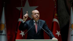 El presidente turco, Recep Tayyip Erdogan, será el anfitrión de la cumbre en la que se sumarán Francia y Alemania para encontrar una solución a la crisis en Siria.