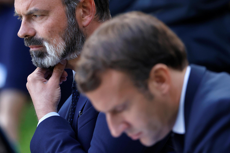 Archivo. El primer ministro francés, Edouard Philippe, (izquierda) junto al presidente Emmanuel Macron, el 29 de junio de 2020 en París.
