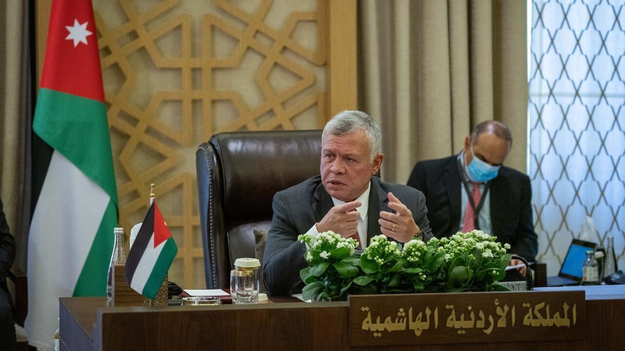 El rey de Jordania, Abdalá II, durante una reunión en el Palacio Real, el 25 de agosto de 2020.