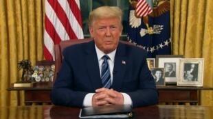 الرئيس الأمريكي دونالد ترامب يعلق الرحلات من وإلى أوروبا، 12 مارس/آذار 2020