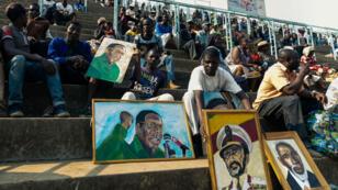 صورة من التكريم الأخير لموغابي
