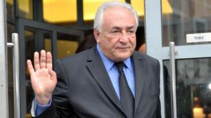 Dominique Strauss-Kahn à Lille, le 16 février 2015, alors qu'il se rend au procès de l'affaire du Carlon.