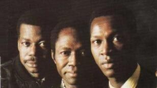 """Pochette du disque """"Trovador"""" en 1992, Médoune Diallo est au centre."""