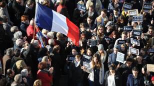 Selon les organisateurs, entre 1,3 et 1,5 million de personnes étaient dans les rues de Paris pour la marche républicaine du 11 janvier 2015.