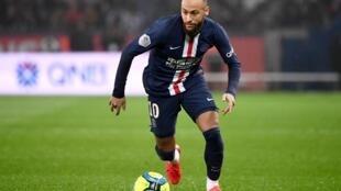 L'attaquant brésilien du Paris-SG, Neymar, lors du match de Ligue 1 contre Bordeaux, au Parc des Princes, le 23 février 2020
