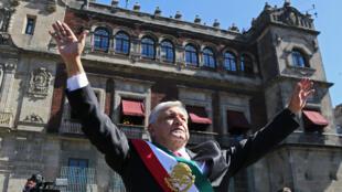 El nuevo presidente de México, Andrés Manuel López Obrador, llega al Palacio Nacional el 1 de diciembre de 2018, en Ciudad de México, México.
