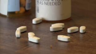 Principal causa de mortalidad entre los menores de 50 años, por delante de los accidentes de tráfico y las armas de fuego, estos medicamentos psicotrópicos sintéticos se usan como analgésicos.